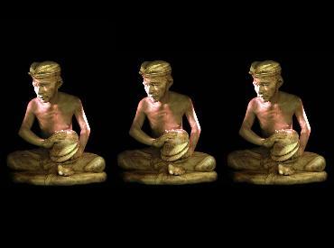 yas-üç heykel